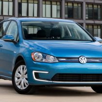 Фотография экоавто Volkswagen e-Golf 2015