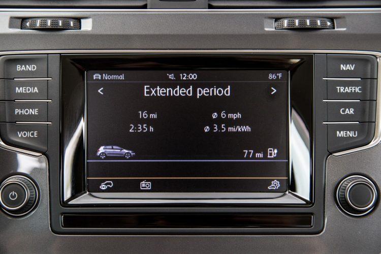 Сенсорный дисплей Volkswagen e-Golf