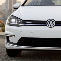 Фотография экоавто Volkswagen e-Golf 2017 - фото 6
