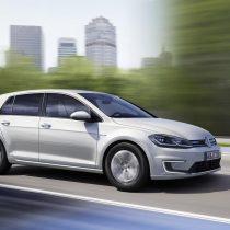 Фотография экоавто Volkswagen e-Golf 2017 - фото 12