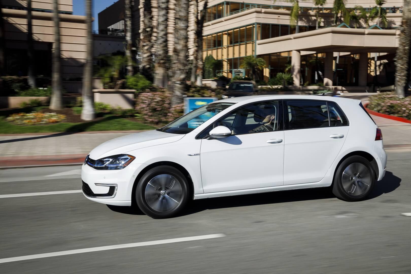 Электромобиль Volkswagen e-Golf