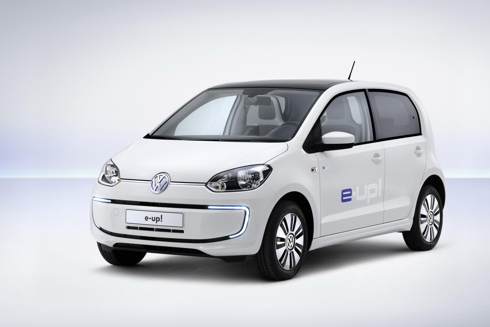 Фотография экоавто Volkswagen e-Up!