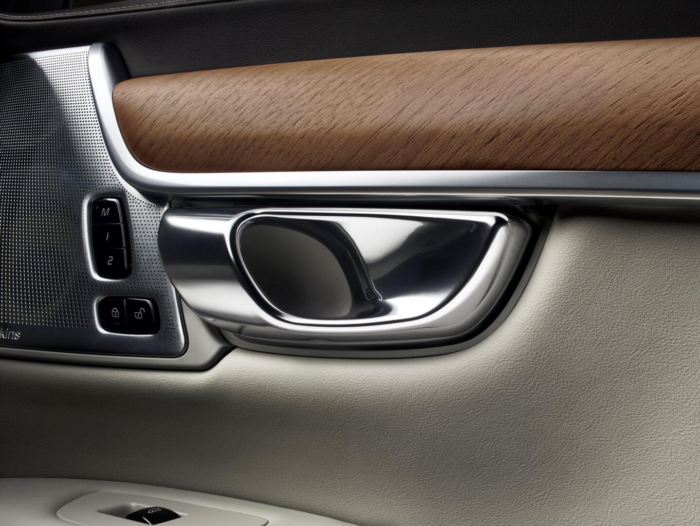 Фотография экоавто Volvo S90 T8 PHEV - фото 21