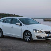 Фотография экоавто Volvo V60 PHEV - фото 38