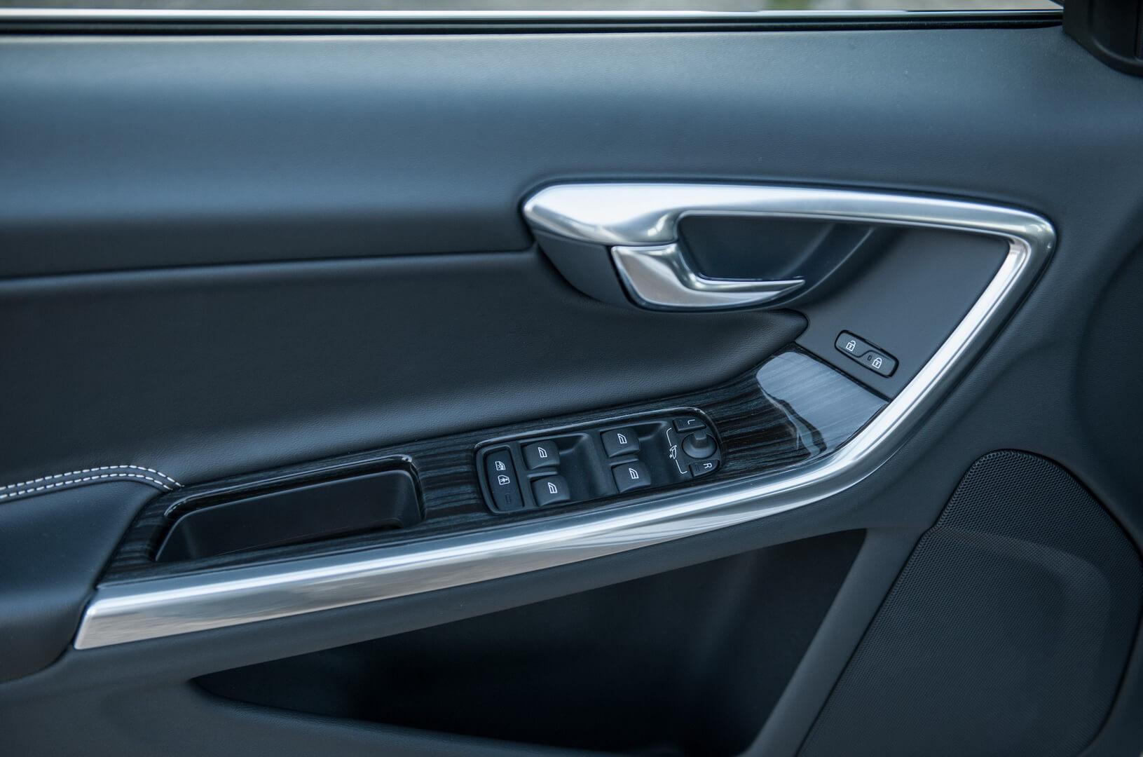 Фотография экоавто Volvo V60 PHEV - фото 48