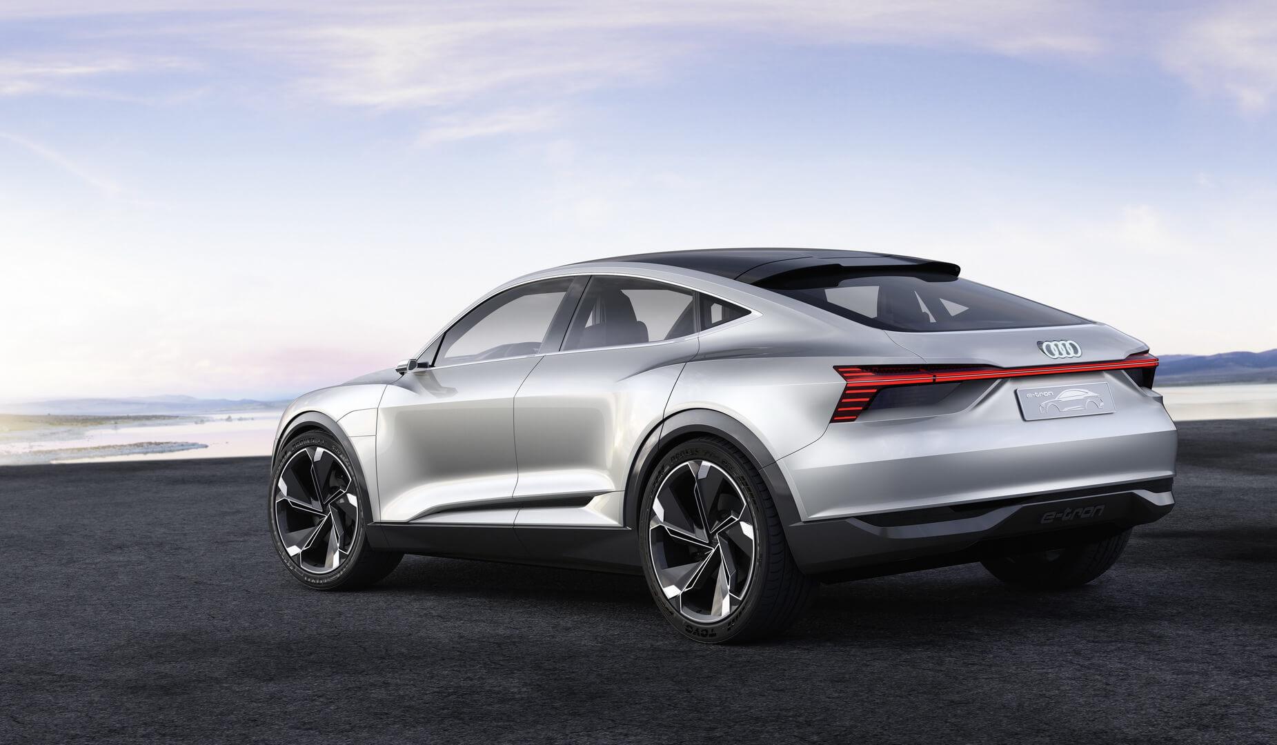 Фотография экоавто Audi e-tron Sportback - фото 2