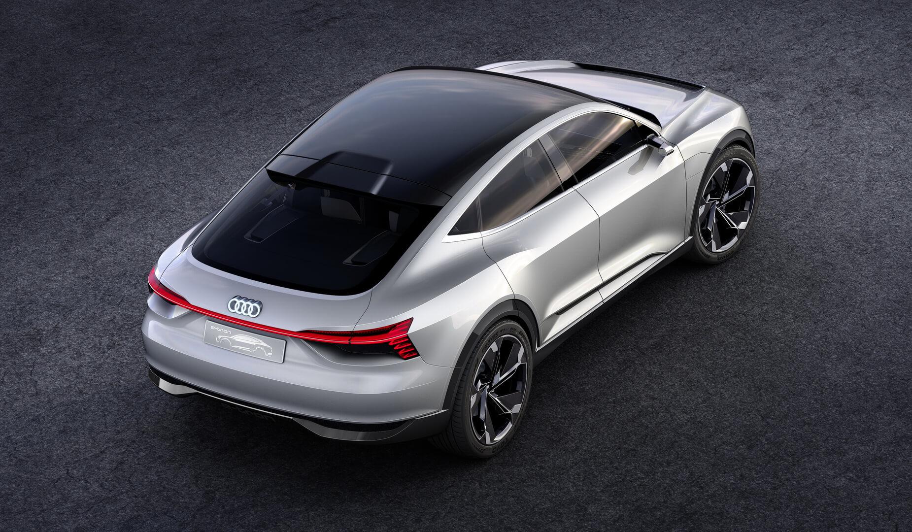 Фотография экоавто Audi e-tron Sportback - фото 4
