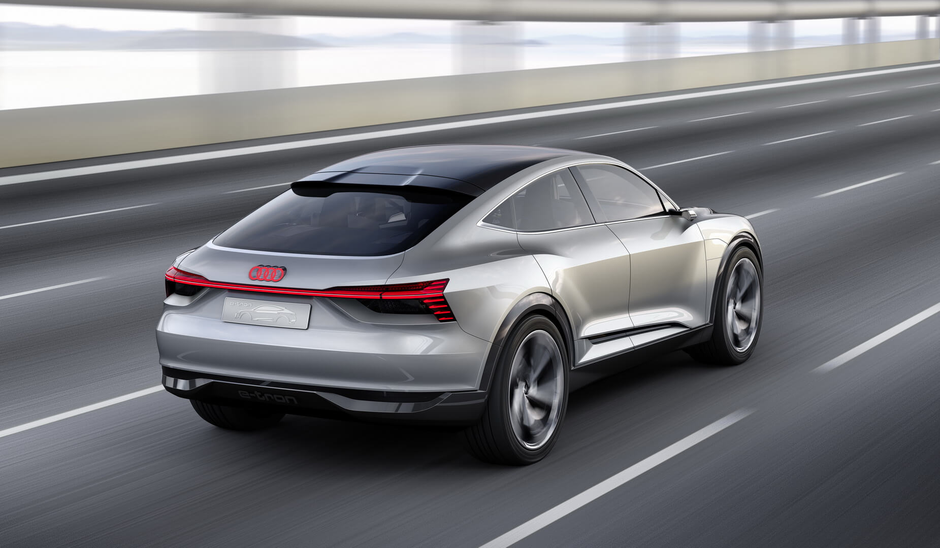 Фотография экоавто Audi e-tron Sportback - фото 5