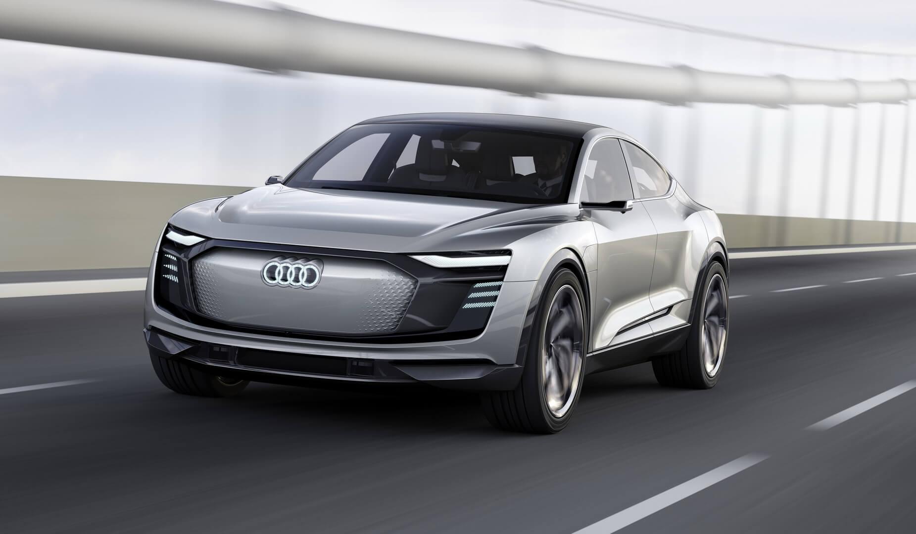 Фотография экоавто Audi e-tron Sportback - фото 15