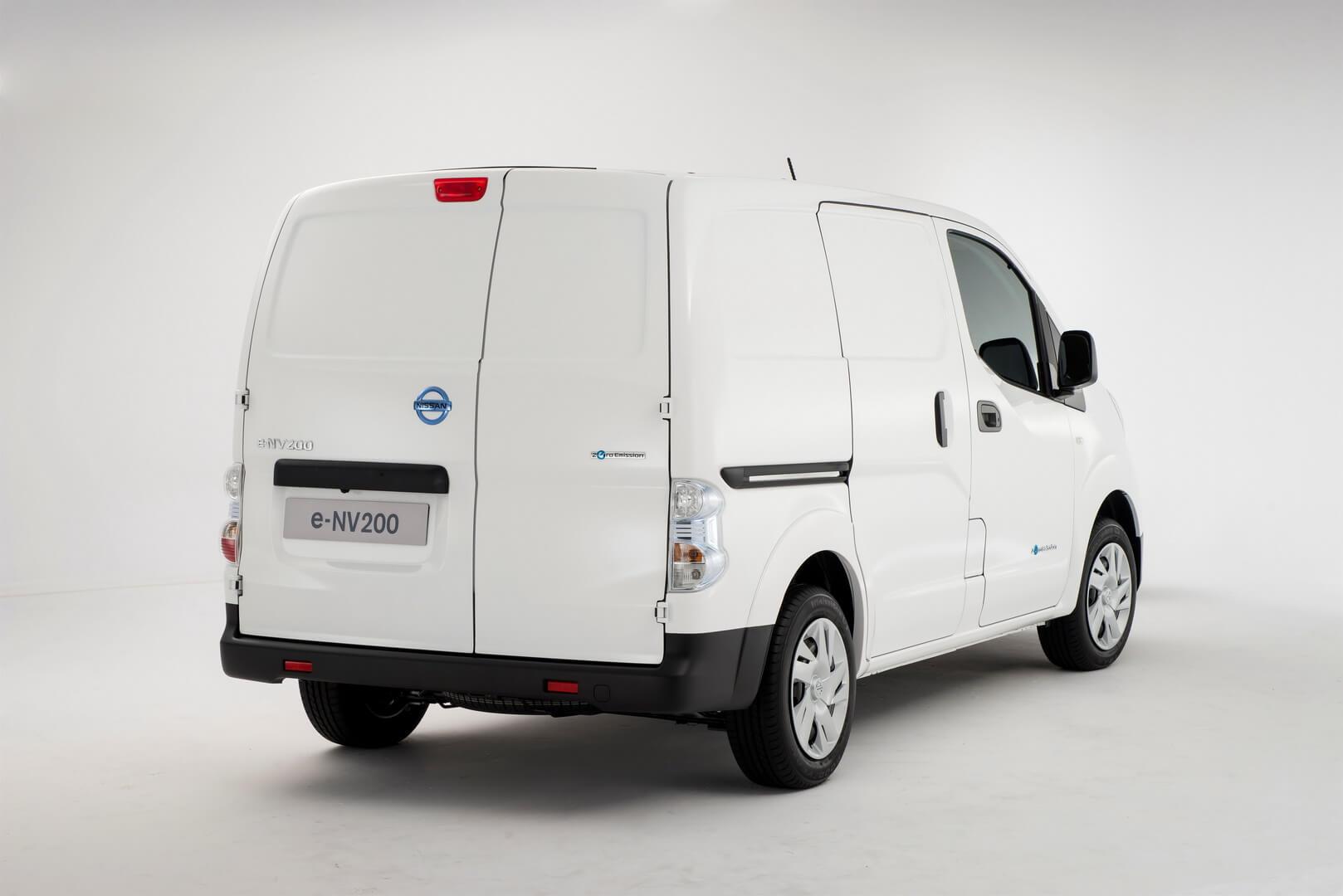 Фотография экоавто Nissan e-NV200 Combi - фото 3