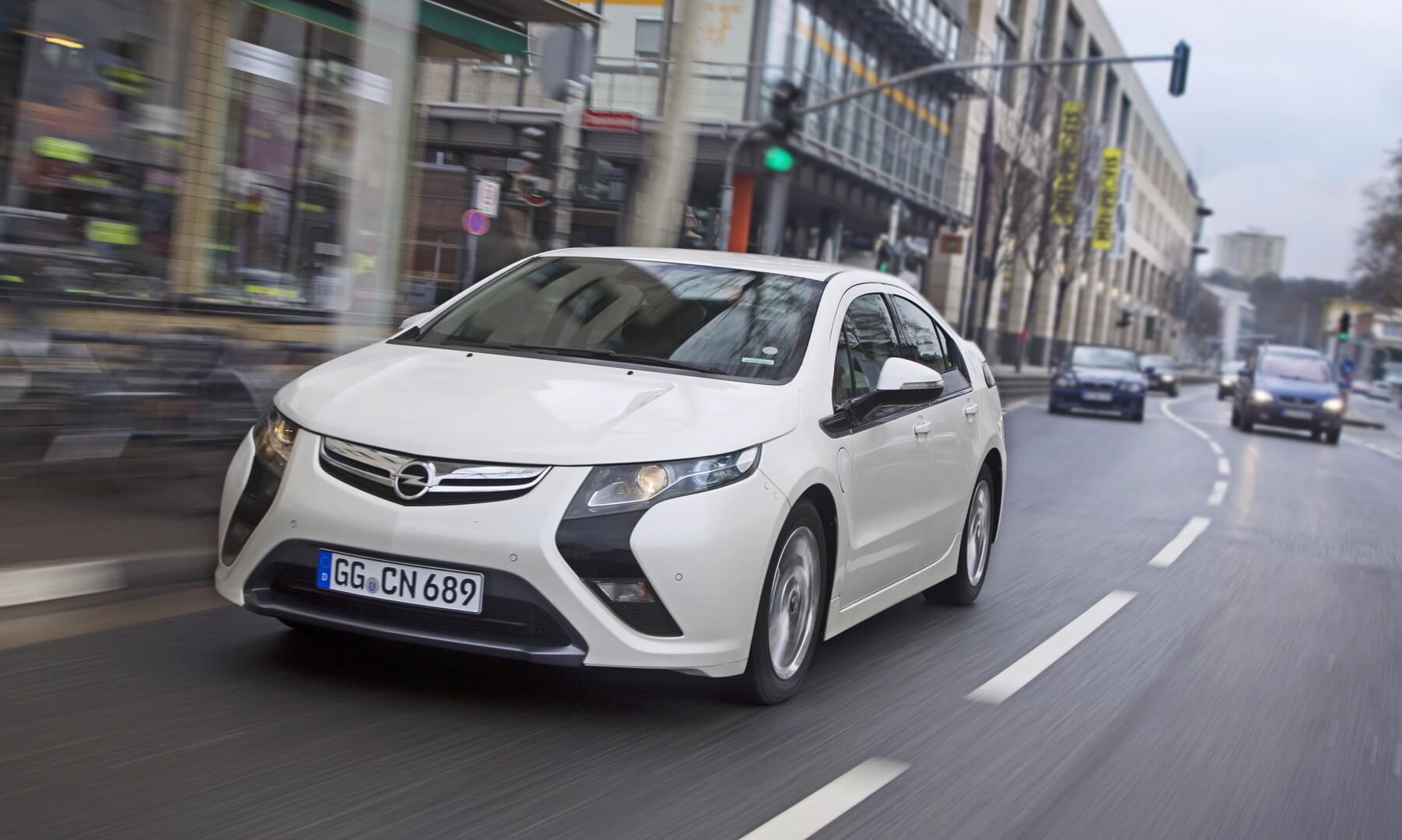 Фотография экоавто Opel Ampera Range Extender - фото 12