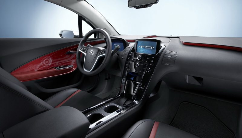 Салон Opel Ampera Rex