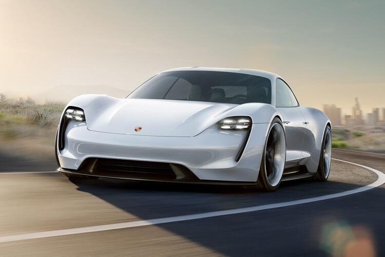 Полностью электрический Porsche Mission E