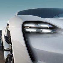 Фотография экоавто Porsche Taycan - фото 2