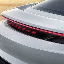 Фотография экоавто Porsche Taycan - фото 3