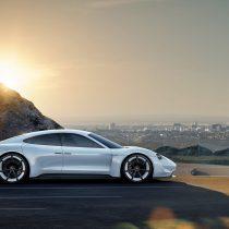 Фотография экоавто Porsche Taycan - фото 5
