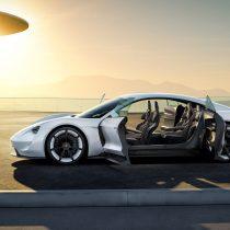 Фотография экоавто Porsche Taycan - фото 6