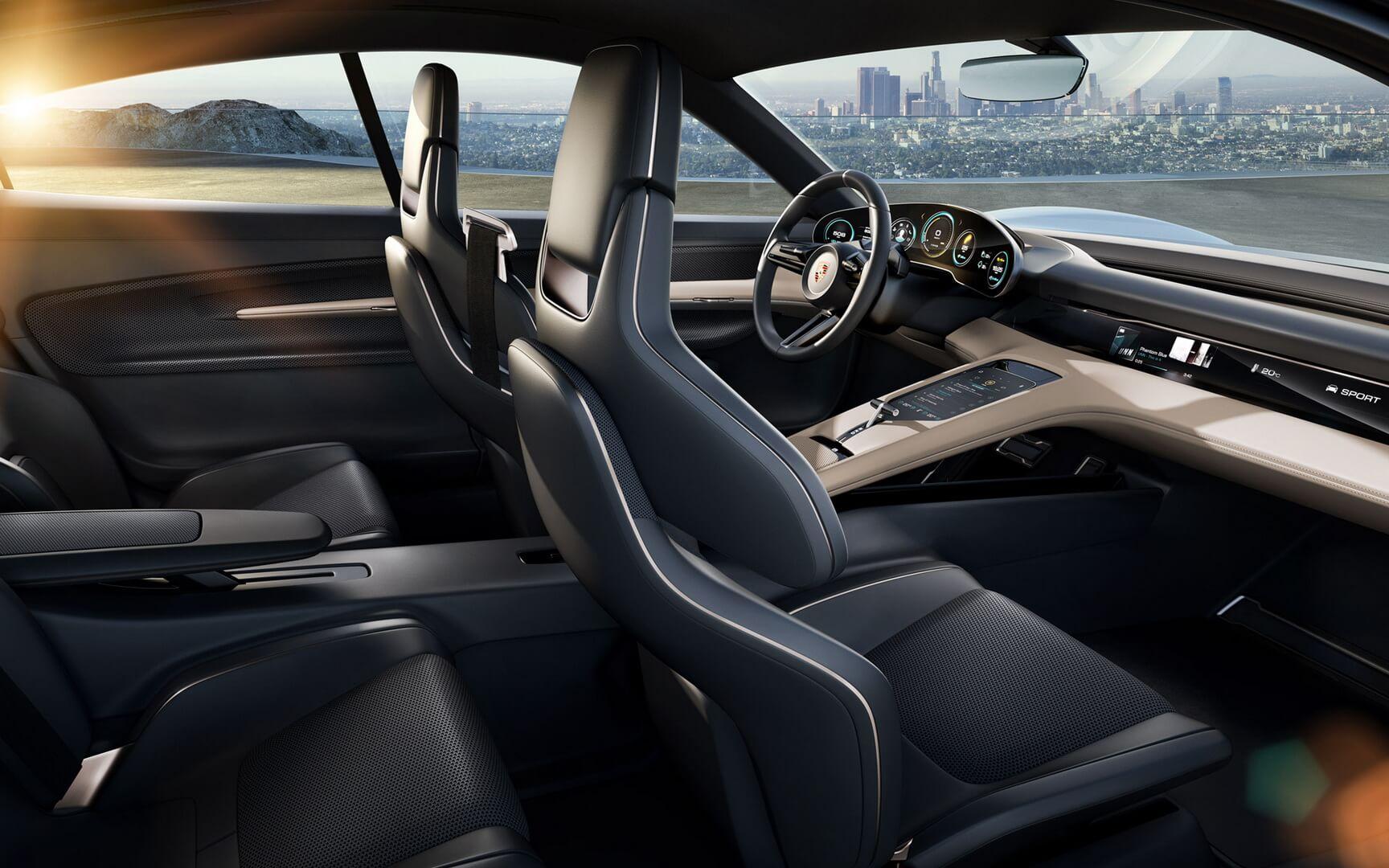 Фотография экоавто Porsche Taycan - фото 11
