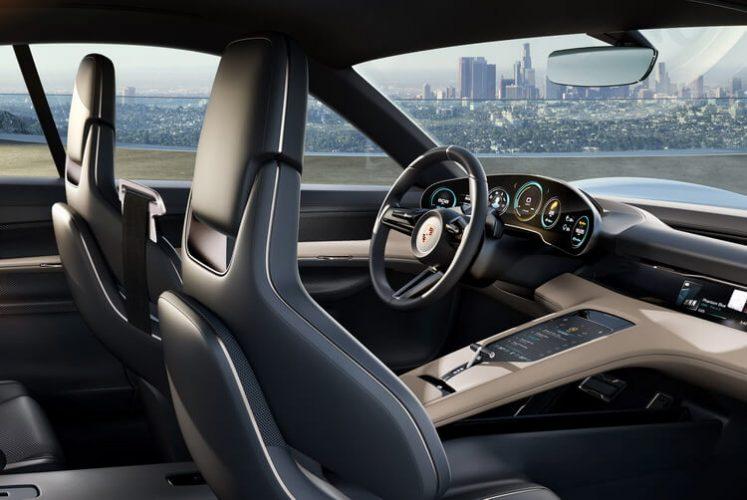 Экстерьер Porsche Concept Mission E