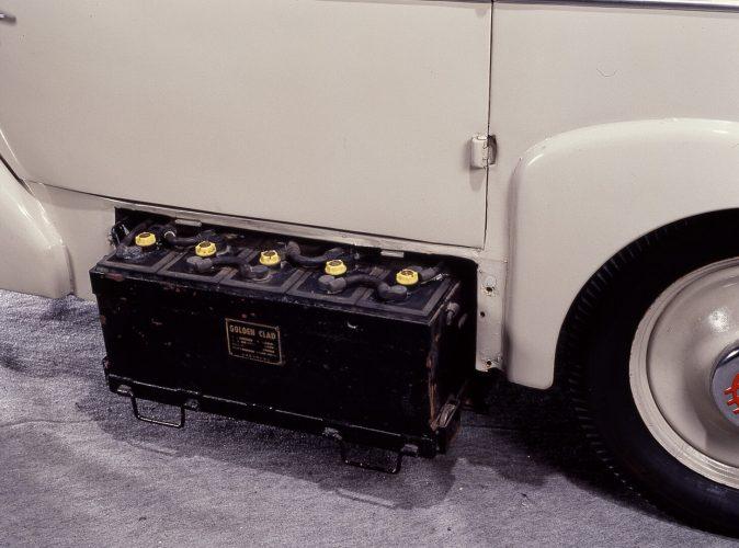 Быстросъемные аккумуляторы электромобиля Tama
