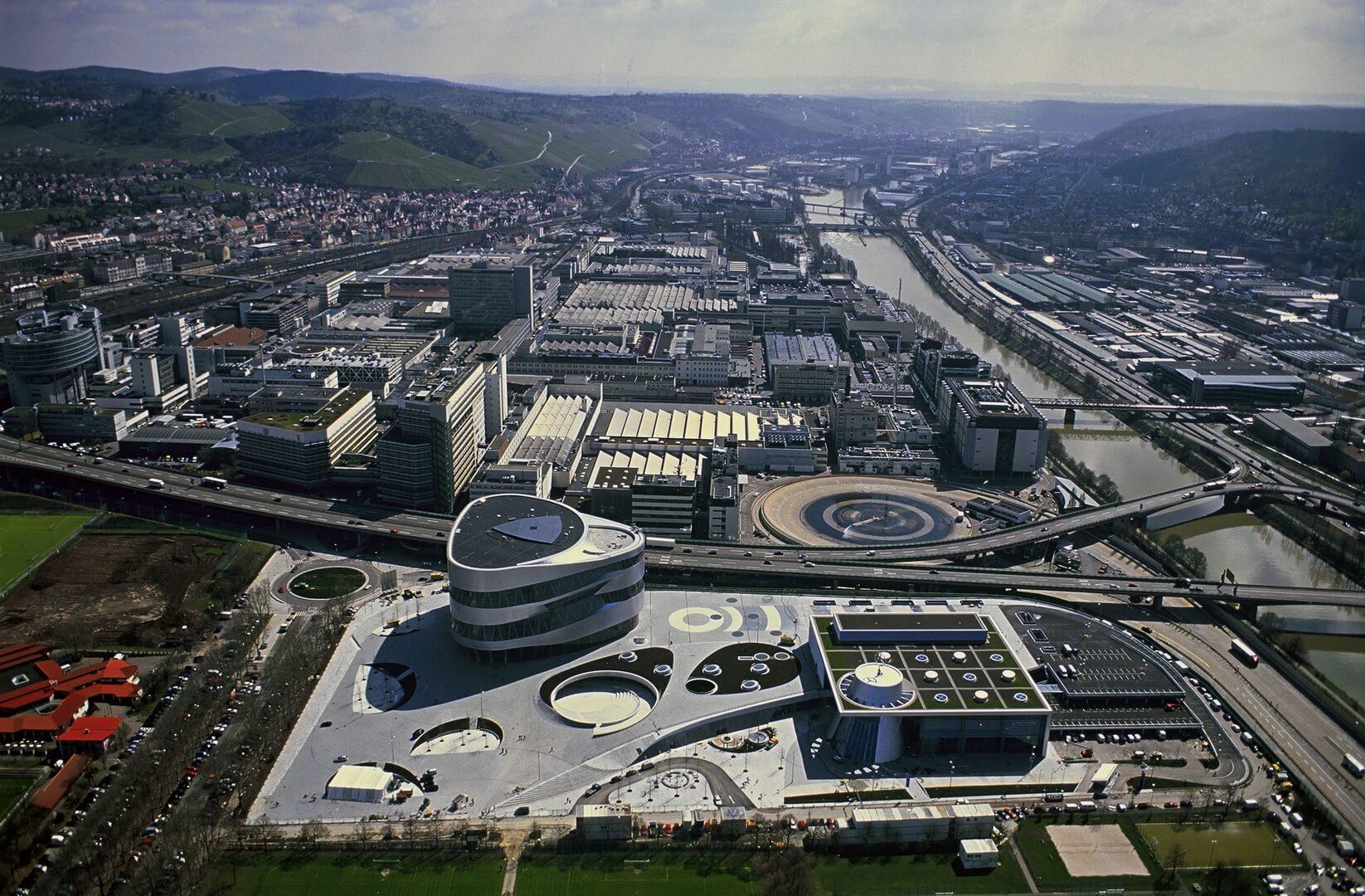 Завод Mercedes-Benz Untertürkheim
