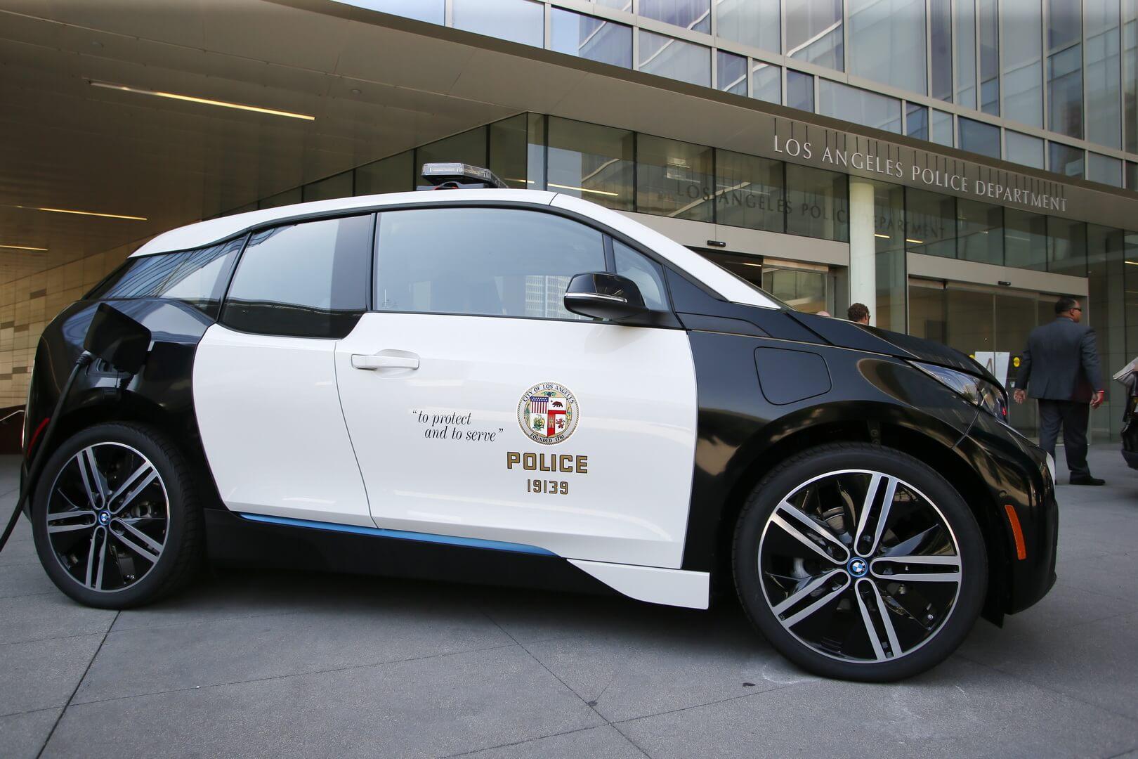 BMW i3 на службе полиции Лос-Анджелеса