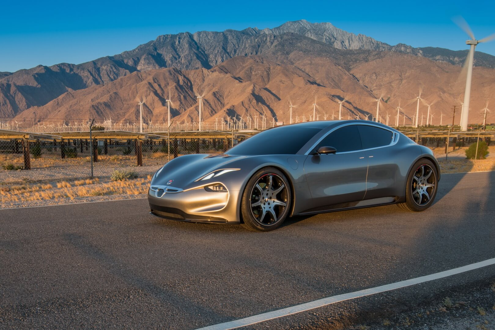 Спорткар Fisker EMotion