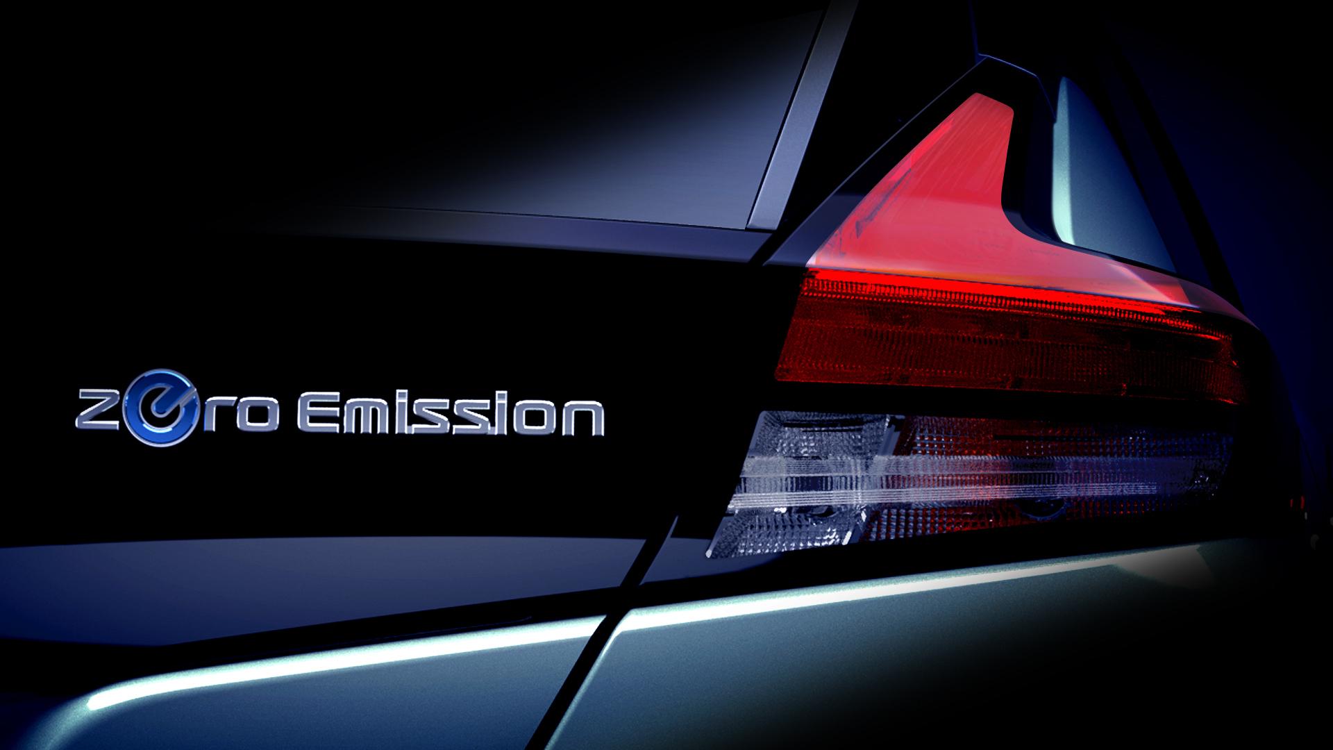 Фото заднего бампера электромобиля сзадней светодиодной фарой Nissan Leaf 2018