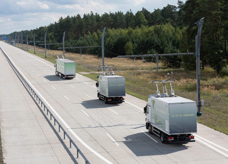 Контактная зарядка для электрических грузовых автомобилей в Калифорнии