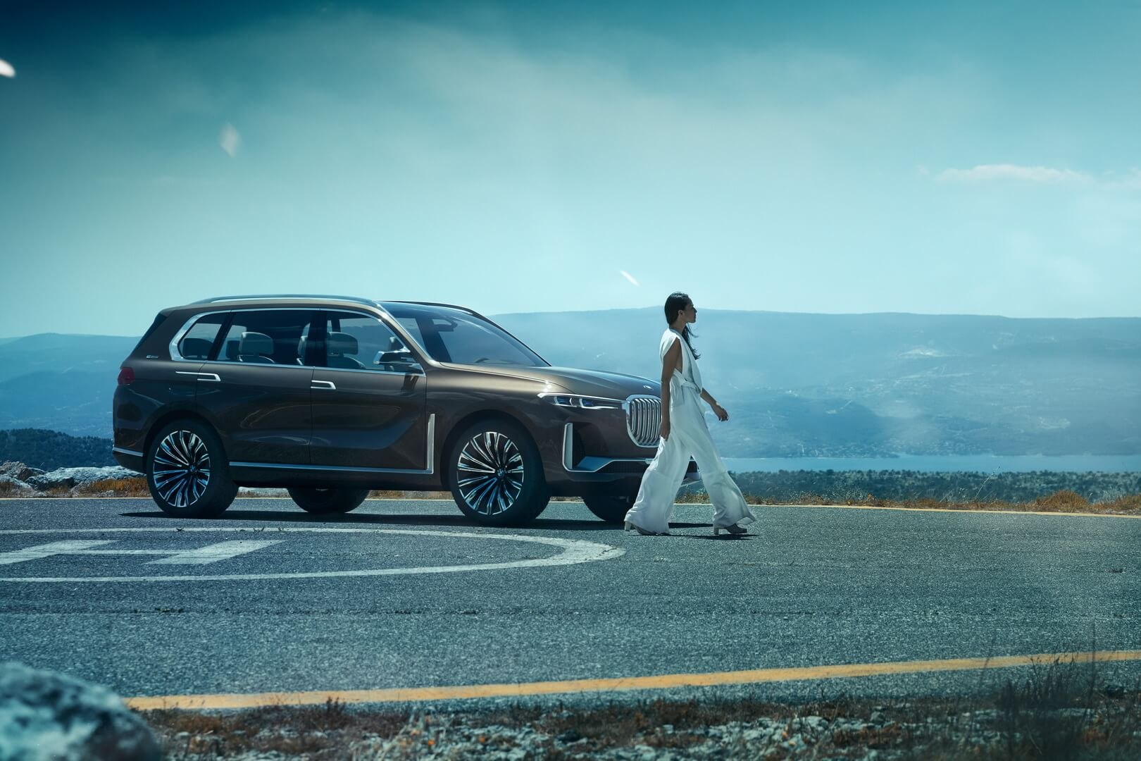Концепт BMW X7 iPerformance