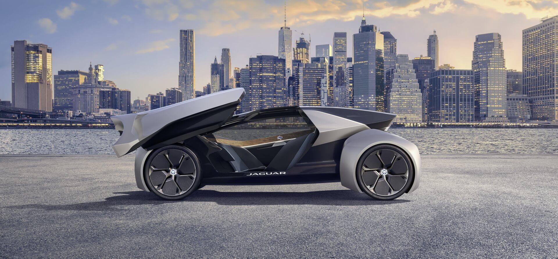 Концепция полностью автономного электромобиля будущего Jaguar Future-Type Concept