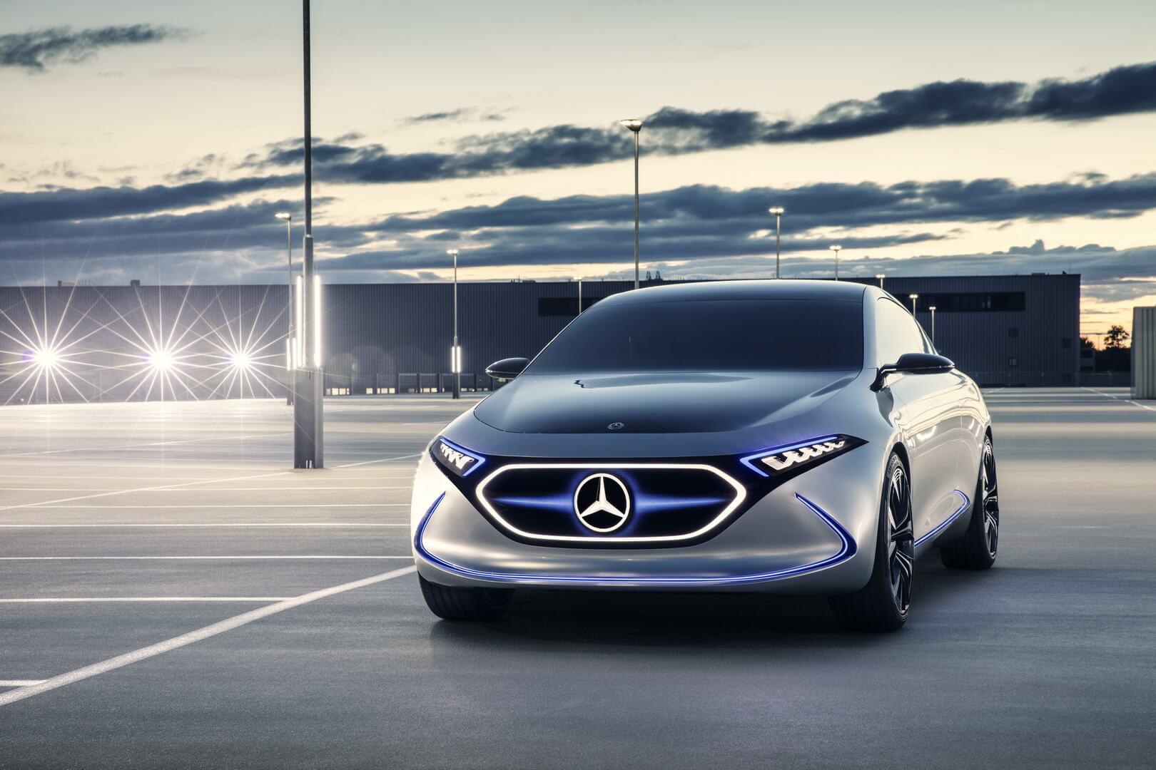 Электрический хэтчбек Mercedes-Benz EQA