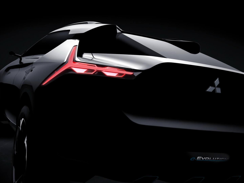 Фото-тизер задней части электрического концепта Mitsubishi e-Evolution
