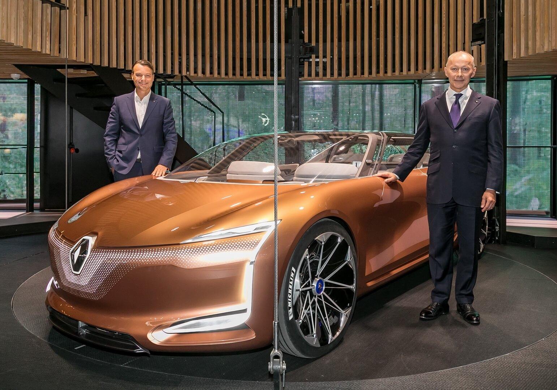 Концепт Renault Symbioz на Франкфуртском автосалоне IAA 2017