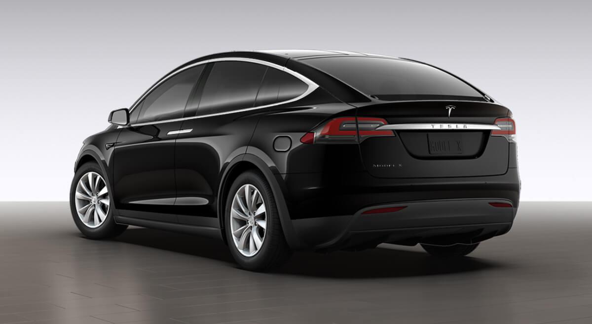 Обычный порт зарядки Tesla Model X