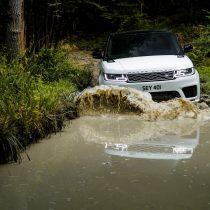 Фотография экоавто Range Rover Sport plug-in hybrid P400e - фото 7