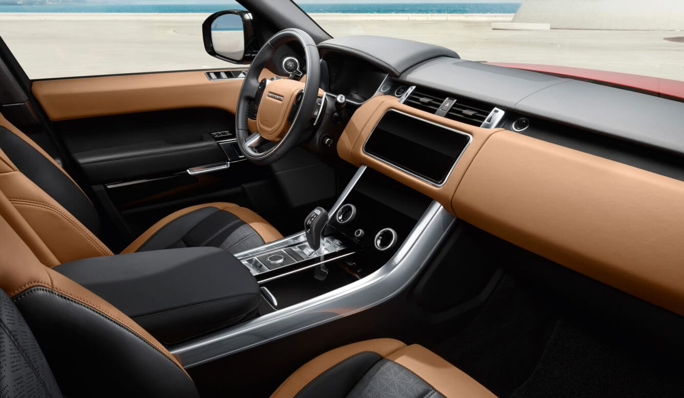 Интерьер салона Range Rover Sport PHEV P400e