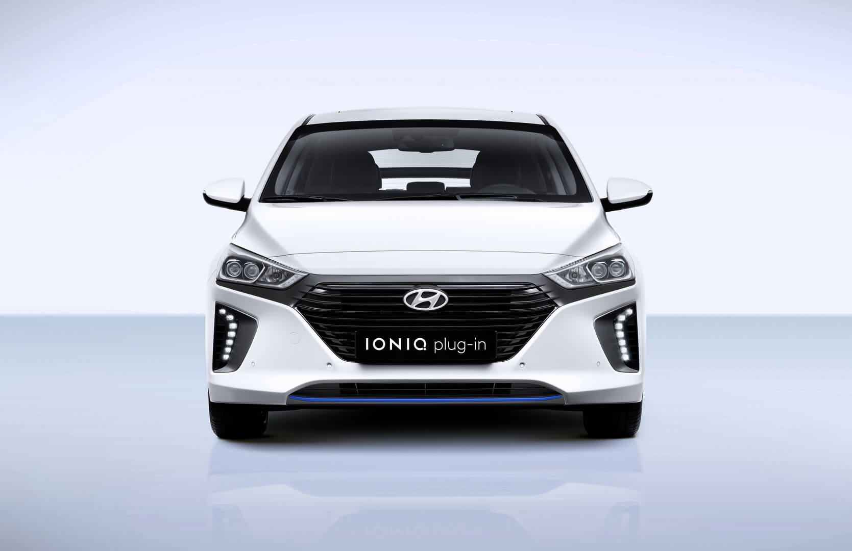 Фотография экоавто Hyundai Ioniq Plug-in Hybrid