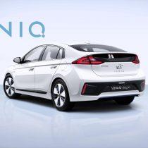 Фотография экоавто Hyundai Ioniq Plug-in Hybrid - фото 8