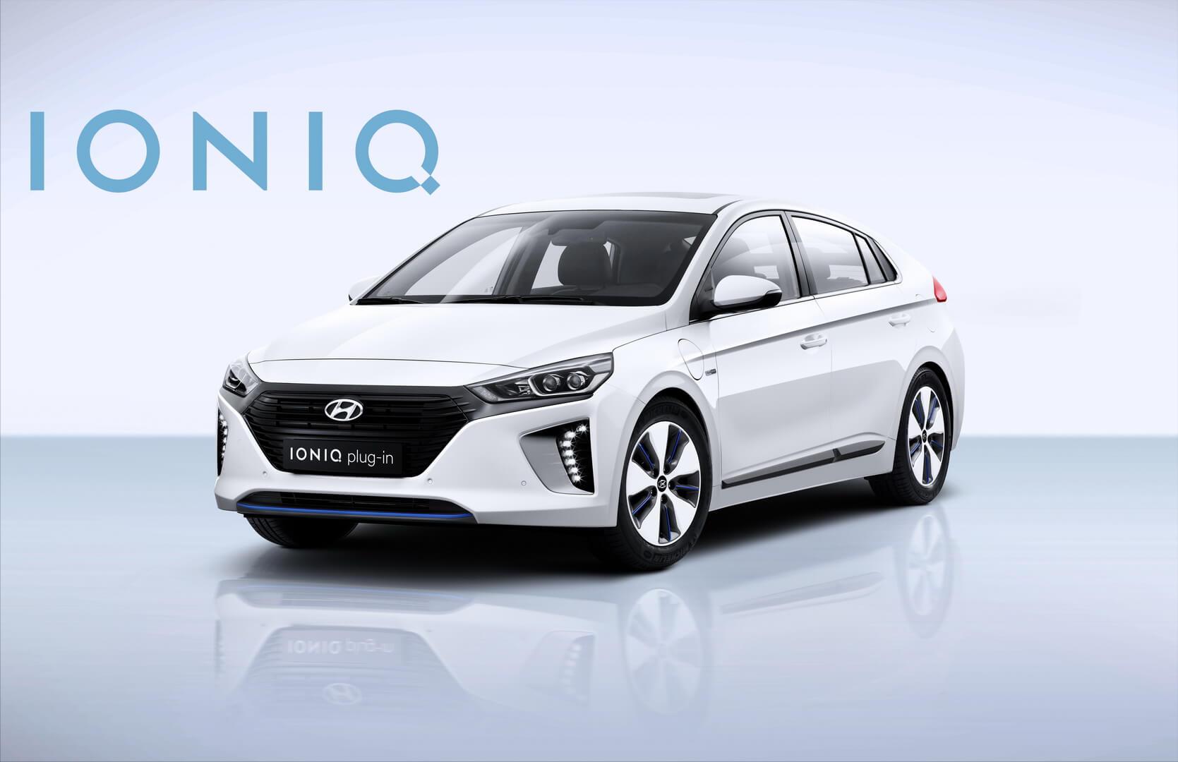 Фотография экоавто Hyundai Ioniq Plug-in Hybrid - фото 9