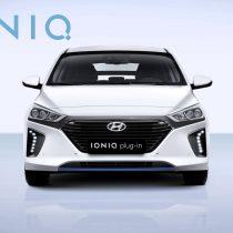 Фотография экоавто Hyundai Ioniq Plug-in Hybrid - фото 10