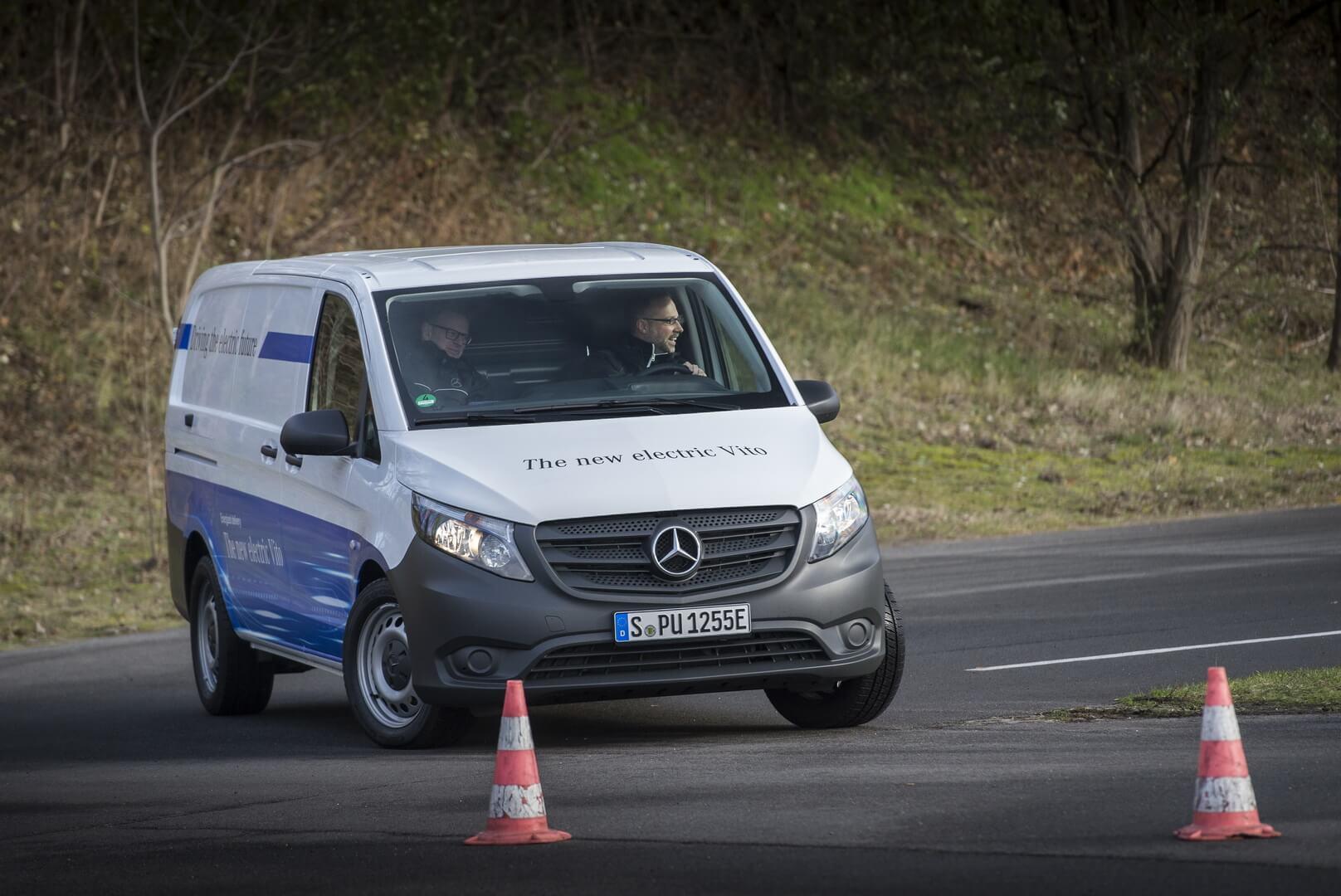 Фотография экоавто Mercedes-Benz eVito - фото 17