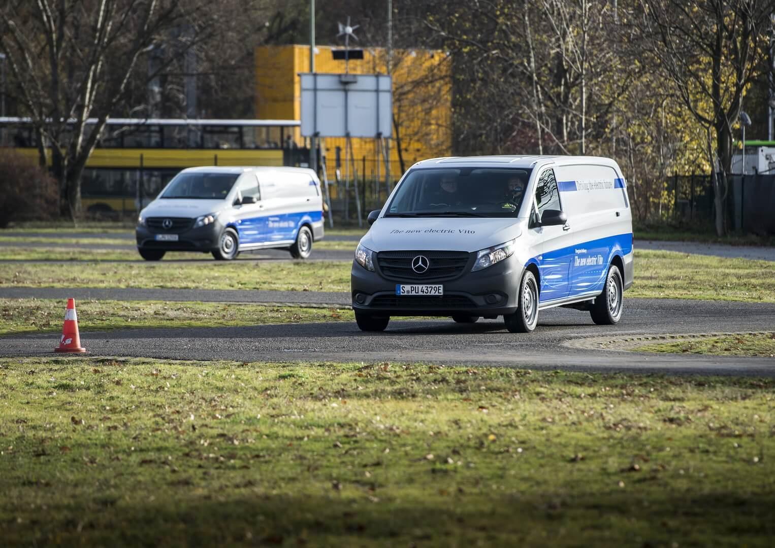 Фотография экоавто Mercedes-Benz eVito - фото 4