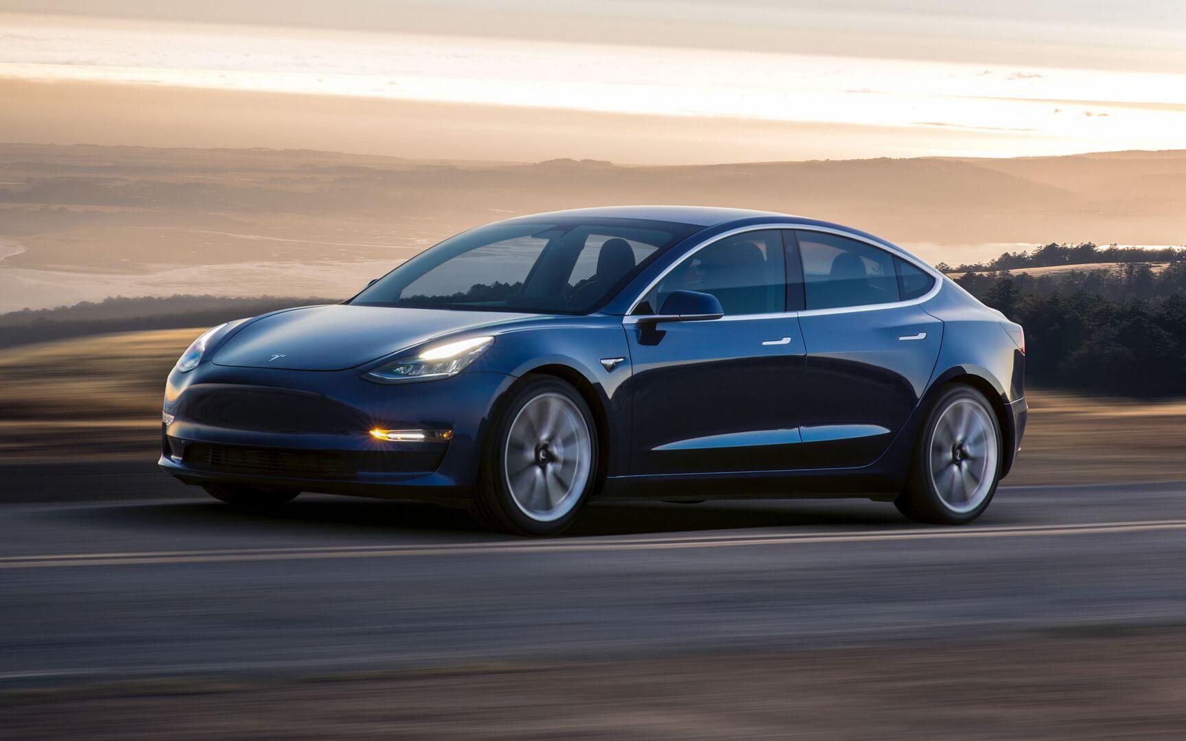 Фотография экоавто Tesla Model 3 Long Range - фото 10