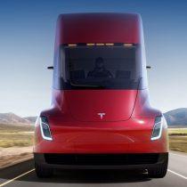 Фотография экоавто Tesla Semi