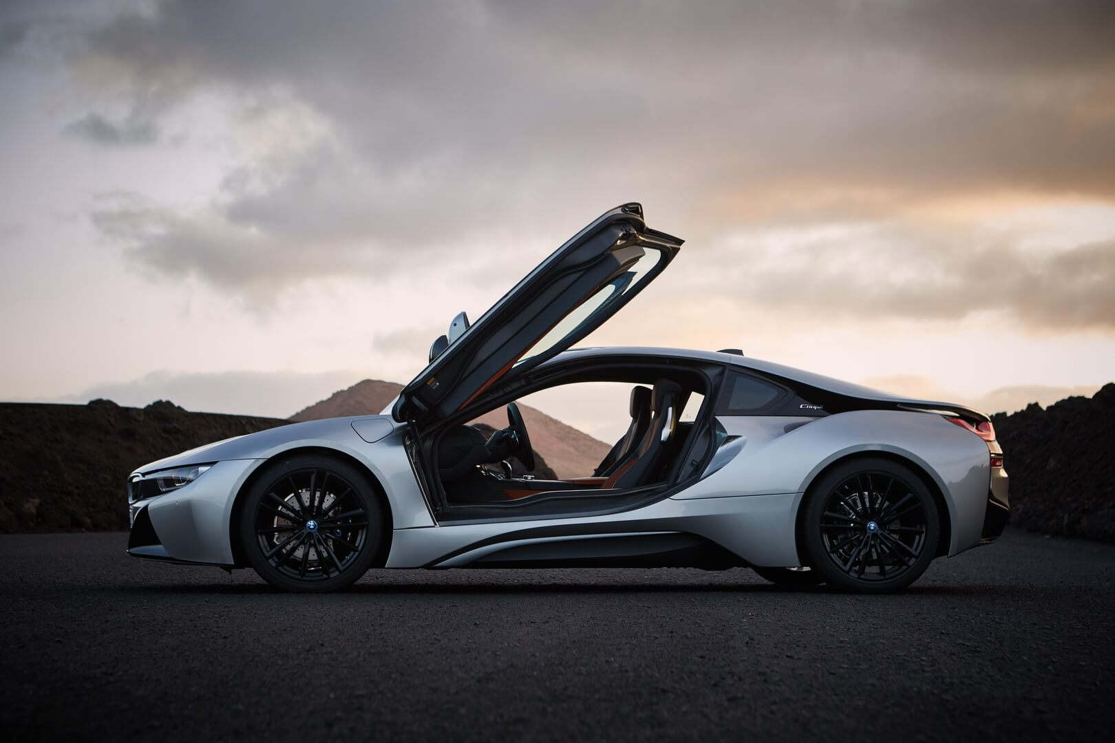 Фотография экоавто BMW i8 Купе 2018 - фото 6
