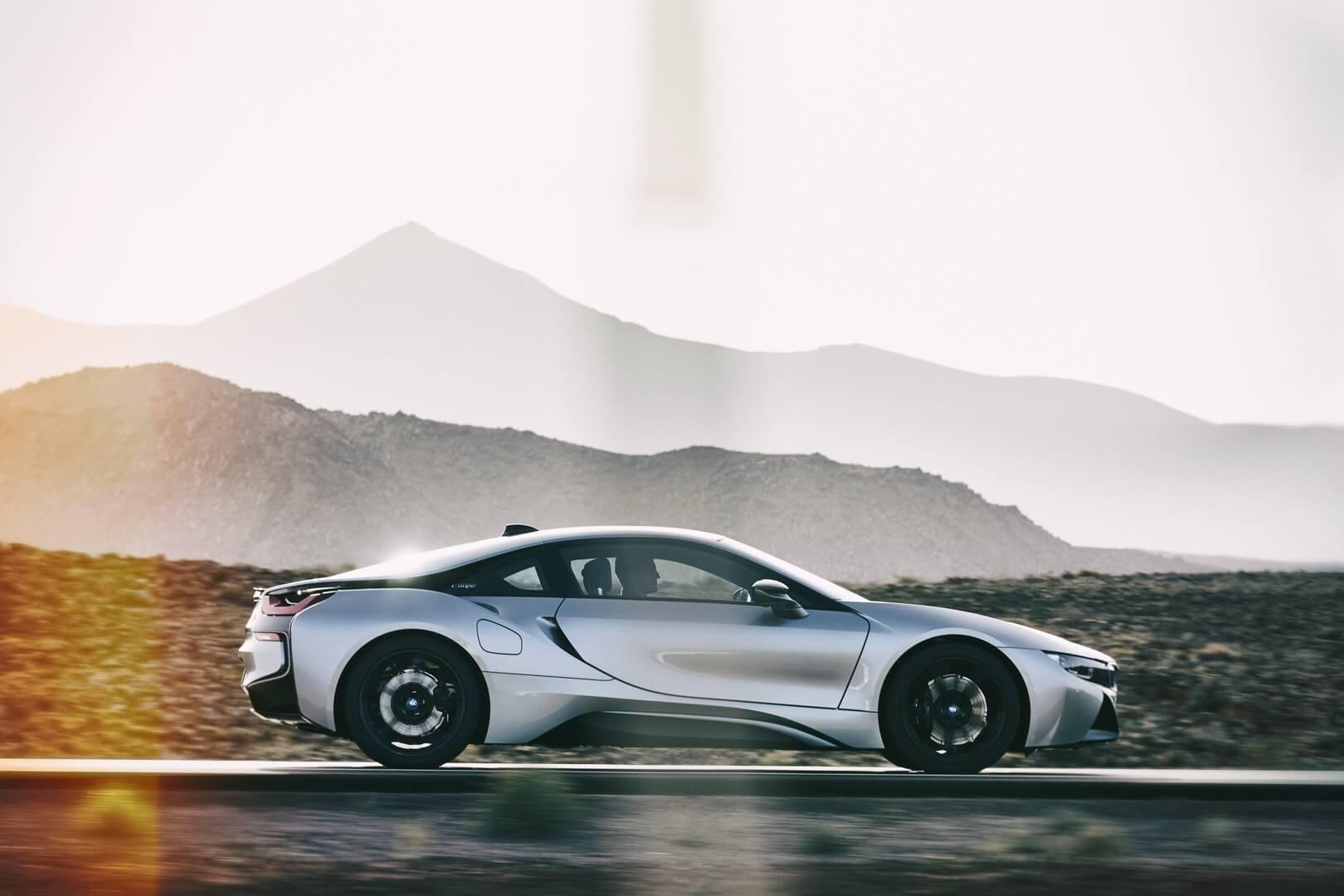 Фотография экоавто BMW i8 Купе 2018 - фото 8