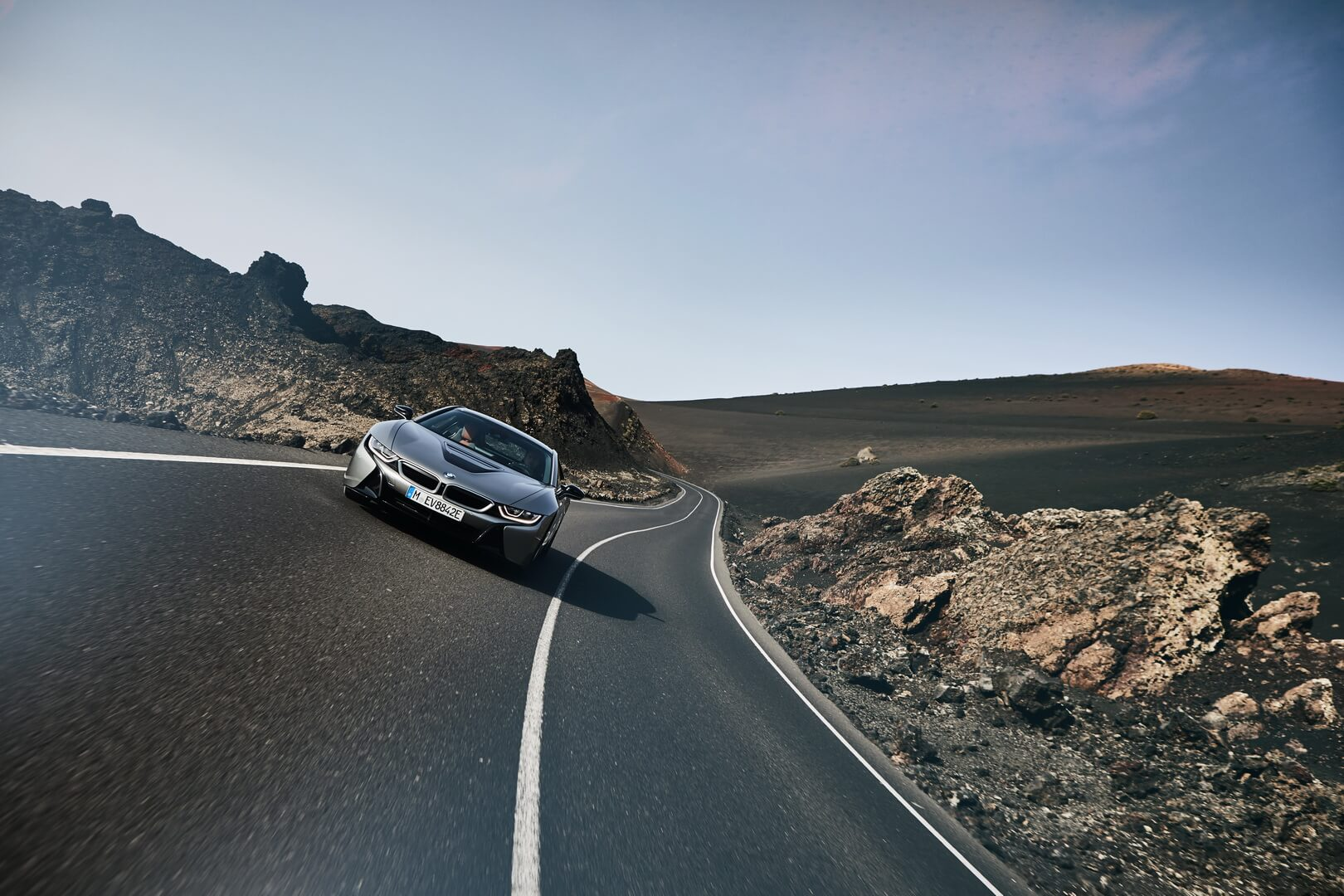 Фотография экоавто BMW i8 Купе 2018 - фото 9