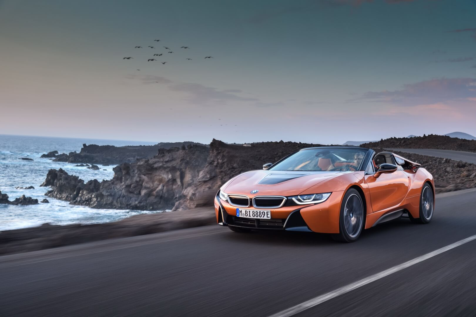 Фотография экоавто BMW i8 Родстер 2018 - фото 9