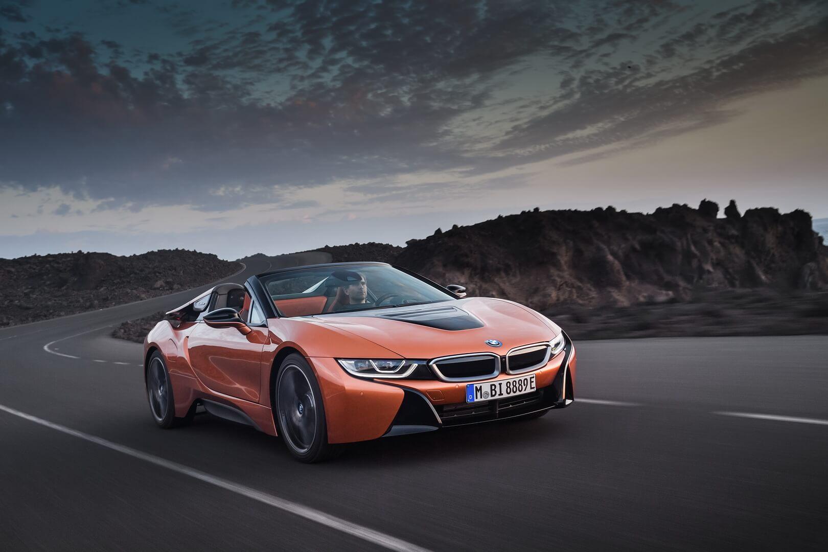 Фотография экоавто BMW i8 Родстер 2018